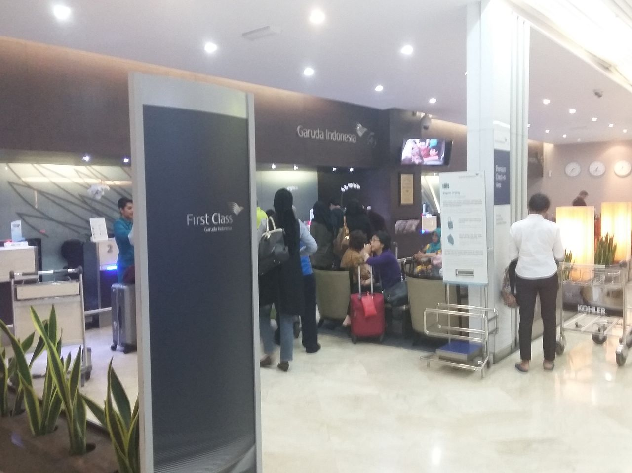My flight from surabaya sub i proceed to first business class check