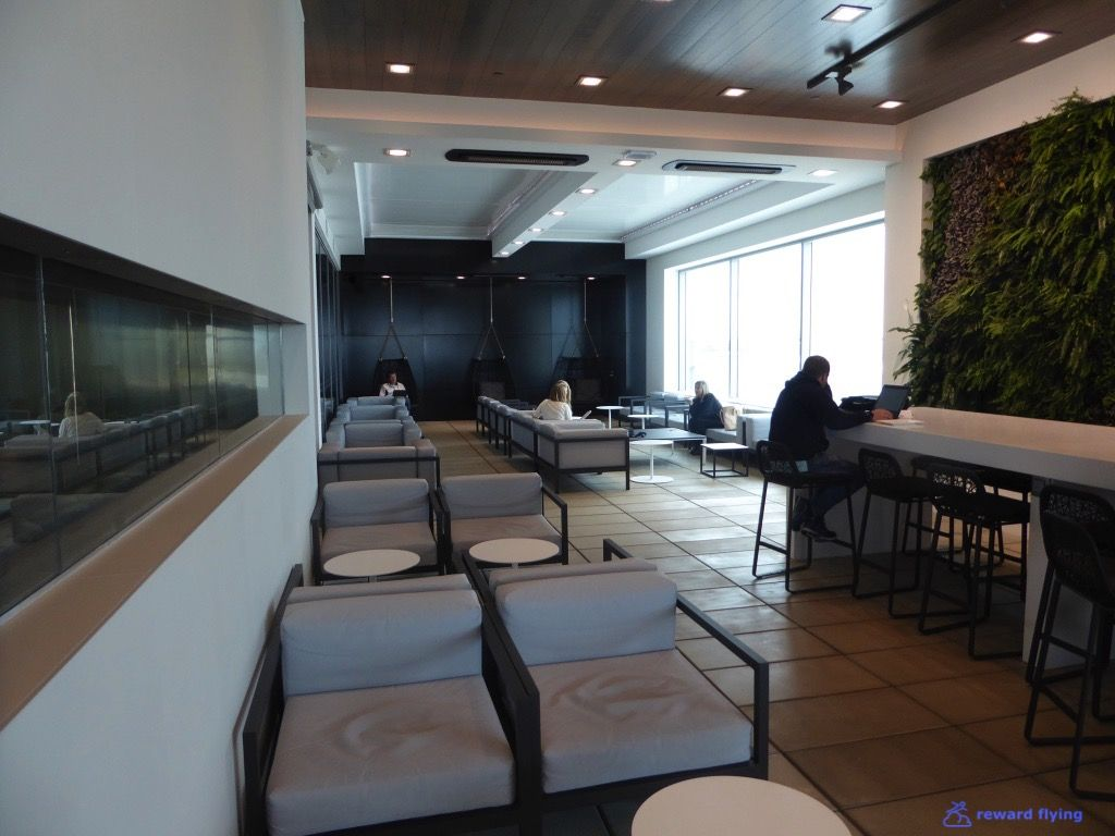 photo nz119 lounge 1